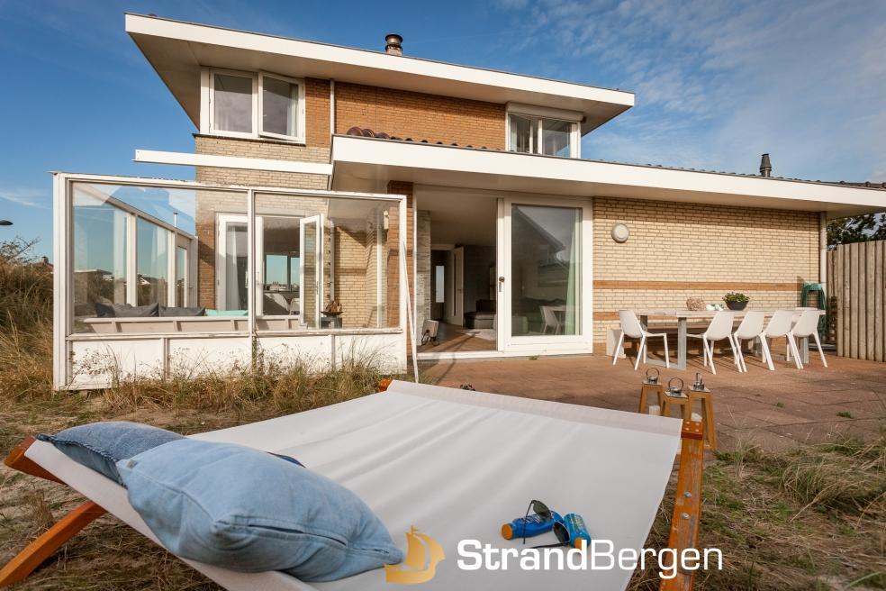 Welp Villa Topduin Bergen aan Zee, topklasse huis vlakbij het strand QD-16