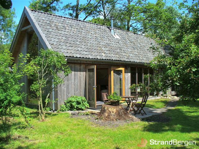 Ecohuis bergen vakantiehuis in de natuur bergen noord holland for Vakantiehuis bouwen